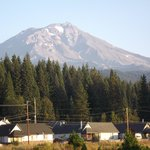Month Shasta in the morning