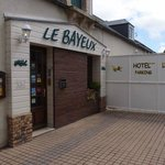 Le Bayeux Entrance