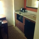 Photo de Courtyard by Marriott Detroit Metro Airport Romulus