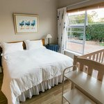 Main bedroom in Fynbos Unit @ Jabulani Guest House in Durbanville