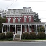 Фотография Lovelace Manor Bed and Breakfast