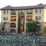 Photo de Holiday Inn Express El Dorado Hills Hotel
