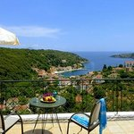 Charming apartments located in one of Ithaka's most popular waterside hamlets, Kioni.