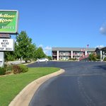 ภาพถ่ายของ Branson Yellow Rose Inn and Suites