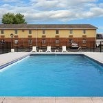 Фотография Days Inn Amherst