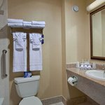Фотография Holiday Inn Express Mira Mesa