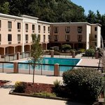 BEST WESTERN PLUS University Inn Steubenville resmi