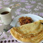 break fast 'hot cake with mee'