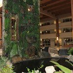Crowne Plaza, Suffern resmi
