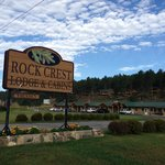 Rock Crest Lodge resmi