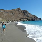 Beautiful beach 2 minutes from Villa Tsapakis