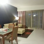 Flora Creek Deluxe Hotel Apartments resmi