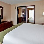 Photo of Holiday Inn Express Lansing - Leavenworth