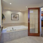 Spa Bathroom in Feature Jacuzzi Suite