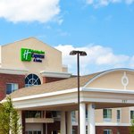 ภาพถ่ายของ Holiday Inn Express Hotel & Suites Lake Zurich-Barrington