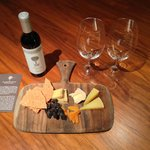 Diamond amenity - Cheese & Wine