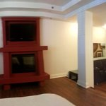 panoramic shot of the deluxe suite