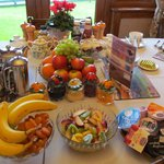 The breakfast table, a Helen Chalmers extravaganza. Tasty and tastefully done!