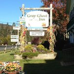 Entrance of Gray Ghost Inn