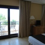 Photo de Hotel SH Villa Gadea