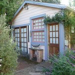 Foto de Garden Cottage Bed and Breakfast