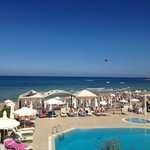 Photo de Akrogiali Beach Hotel