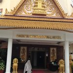 Angkor International Hotel resmi