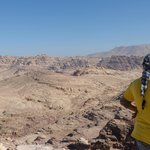 hiking from Little Petra to the Deir