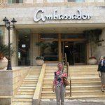 Photo de Ambassador Hotel