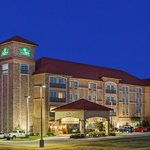 Foto van La Quinta Inn & Suites Allen at The Village
