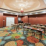 La Quinta Inn & Suites Allen at The Village resmi