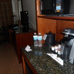 Coffee bar, refrigerator, microwave oven