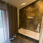 Namutoni Double Room Bathroom