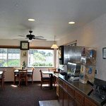 Foto de America's Best Inn & Suites Lincoln City