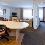 Φωτογραφία: Candlewood Suites Milwaukee North Brown Deer/Mequon