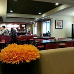 Foto van Courtyard by Marriott Richmond Airport