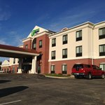 Foto van Holiday Inn Express Hotel & Suites Concordia US 81