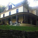 Foto van The Buck House Inn on Bald Mountain Creek