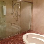Bagno City Suite 240