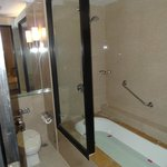 Deluxe room bathroom (same as standard)