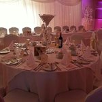 wedding at the davron. curtain and centre pieces by lina levvy.