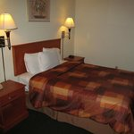 North Bay Inn, Santa Rosa: room with bed