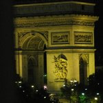 صورة فوتوغرافية لـ ‪Royal Hotel Paris Champs Elysees‬