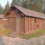 Lake Lodge Cabins resmi