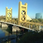Photo de Embassy Suites Sacramento - Riverfront Promenade