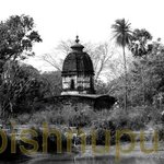 An old terrakotta temple near Bishnupur Tourist Lodge