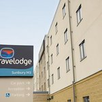 Travelodge Sunbury M3 Hotelの写真