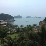 Photo de Cat Ba Island Resort & Spa