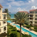 The Somerset on Grace Bay resmi