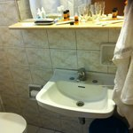 dated basin and old bathroom design (no ventillation neither)
